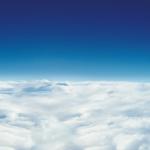 昼の雲海の壁紙