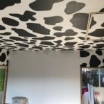 牛柄の壁紙